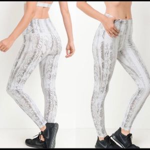 MONO B. Gray Snakeskin High Rise Yoga Pants.
